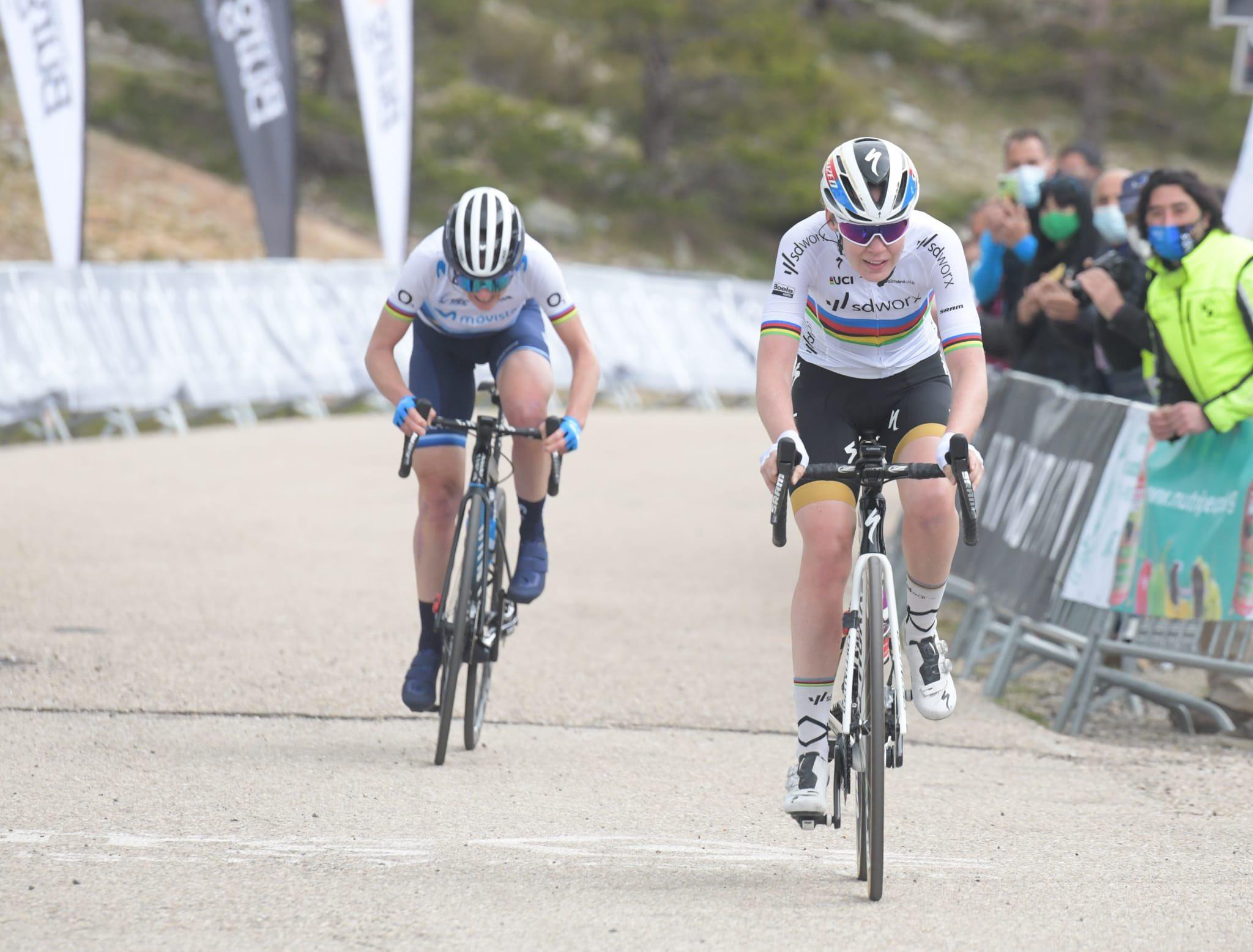 Anna van der breggen gana la última etapa y la general de Vuelta a Burgos féminas 2021